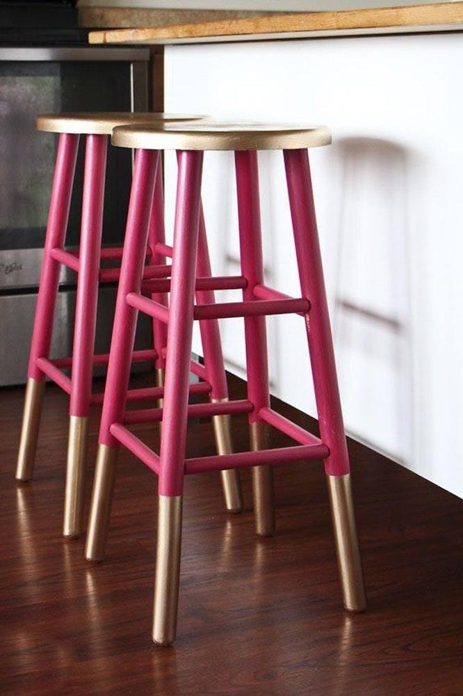 eaay-kitchen-hacks_bar-stools-jpg