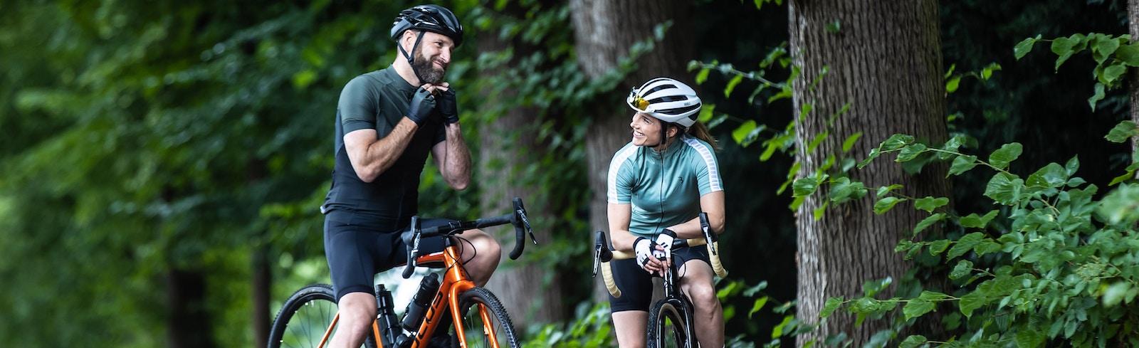 Comfort-cycling helmets