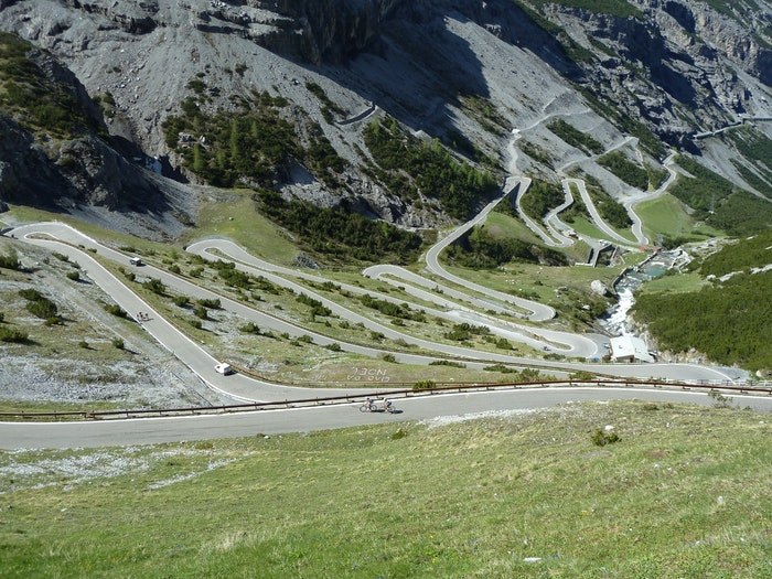 Discovery Cycling Tours Stelvio Bormio side