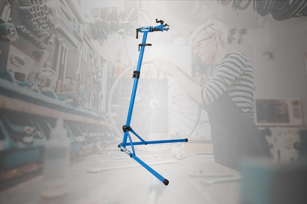 diy-christmas-gift-guide-2019-workstand-jpg