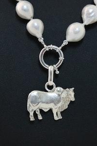 Hitchley & Harrow P24 Brahman Bull Pendant