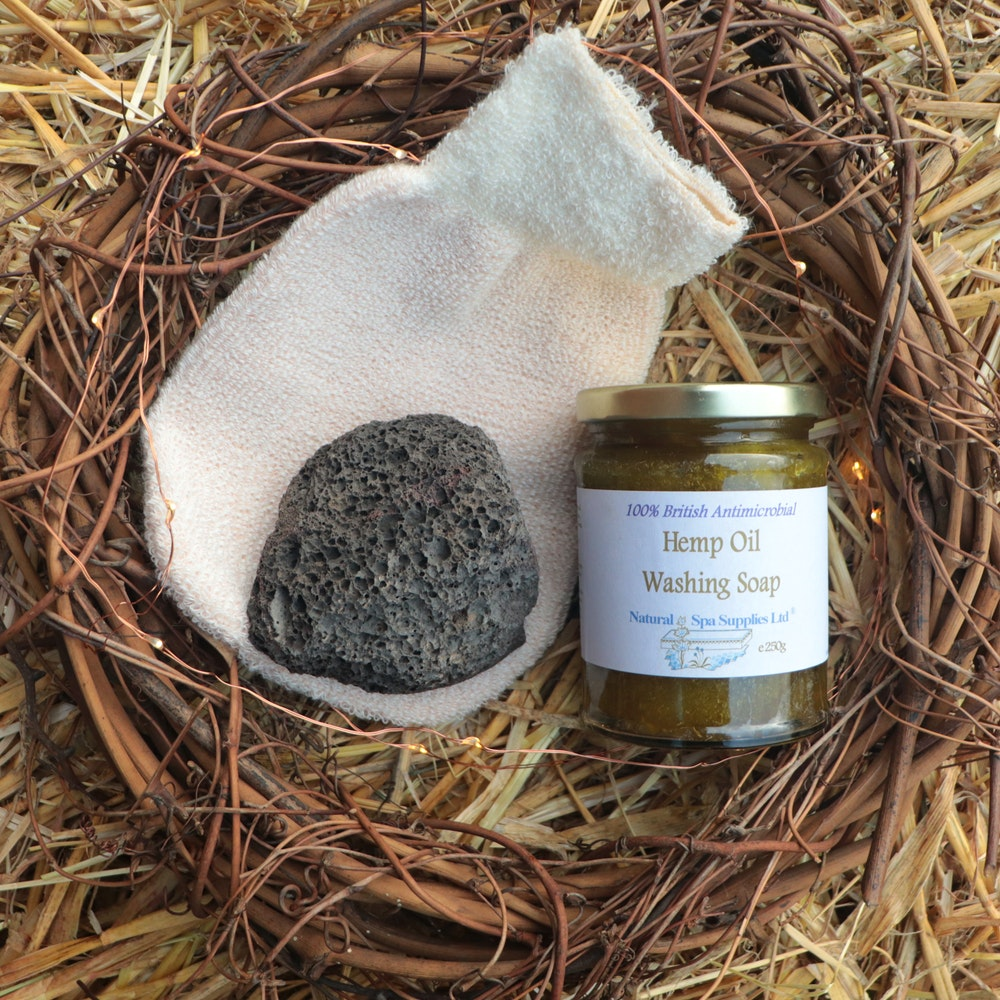 Natural Spa Supplies Antibacterial Exfoliating Kit For Feet And Body