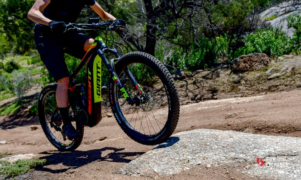 2018-giant-full-e-1-pro-electric-mountain-bike-9-jpg