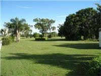 Plenty of space at Bluewater Caravan Park 30min north of Townsville Queensland