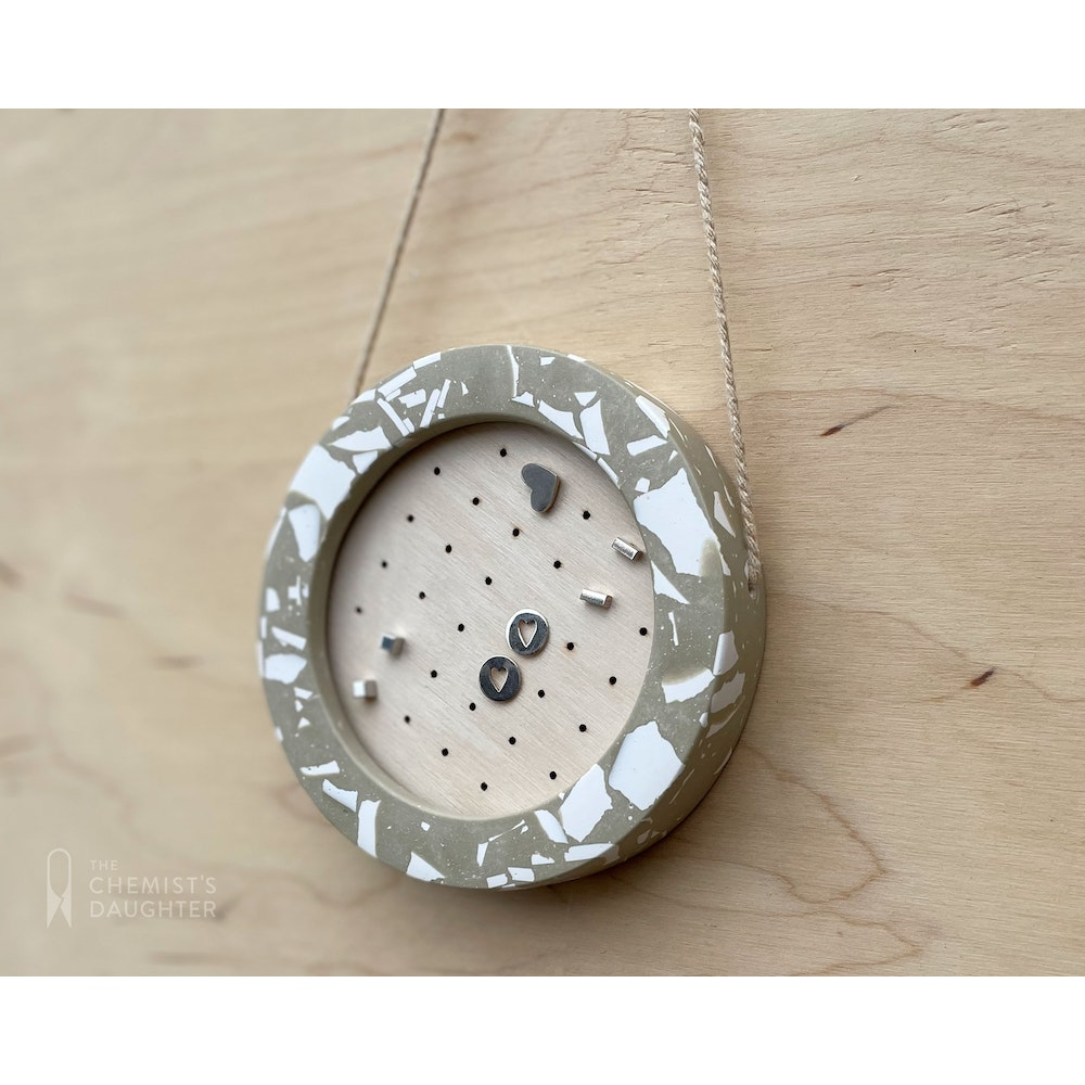 The Chemists Daughter Small Earring Holder | Stone