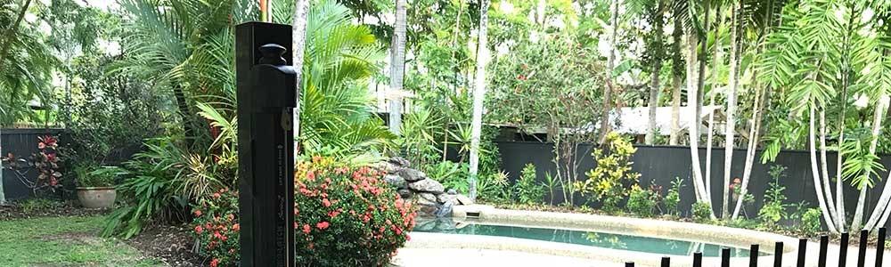 close-up-pool-gate-jpg