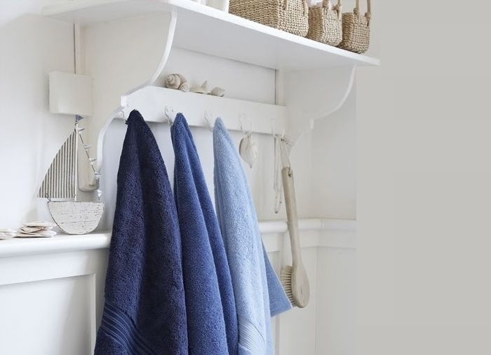 Towel Rails & Hooks
