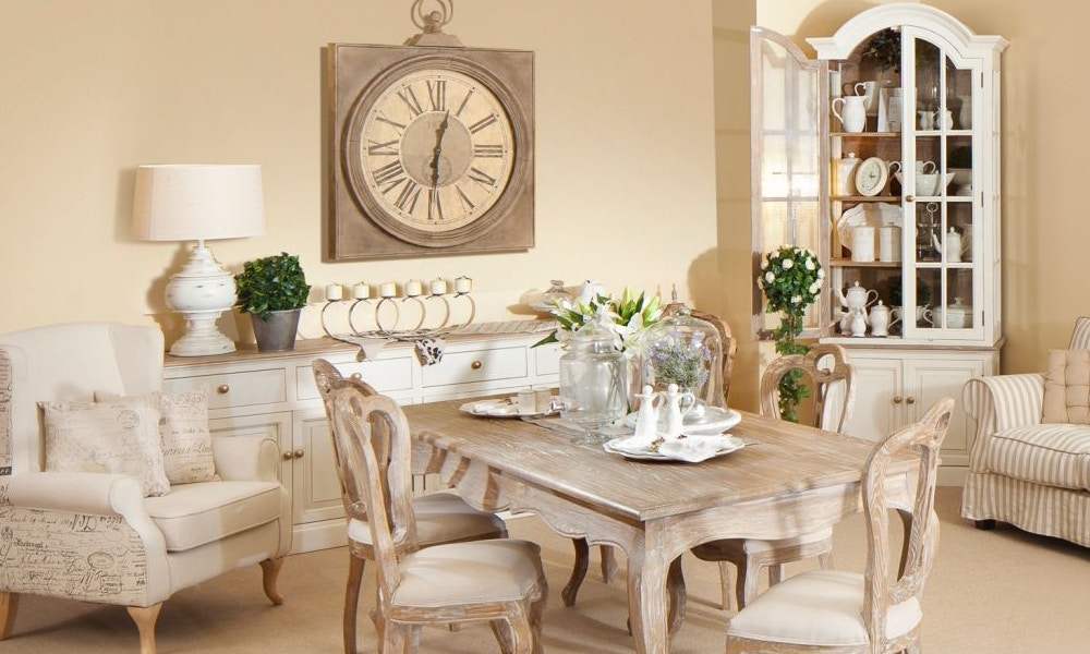 French Provincial Décor
