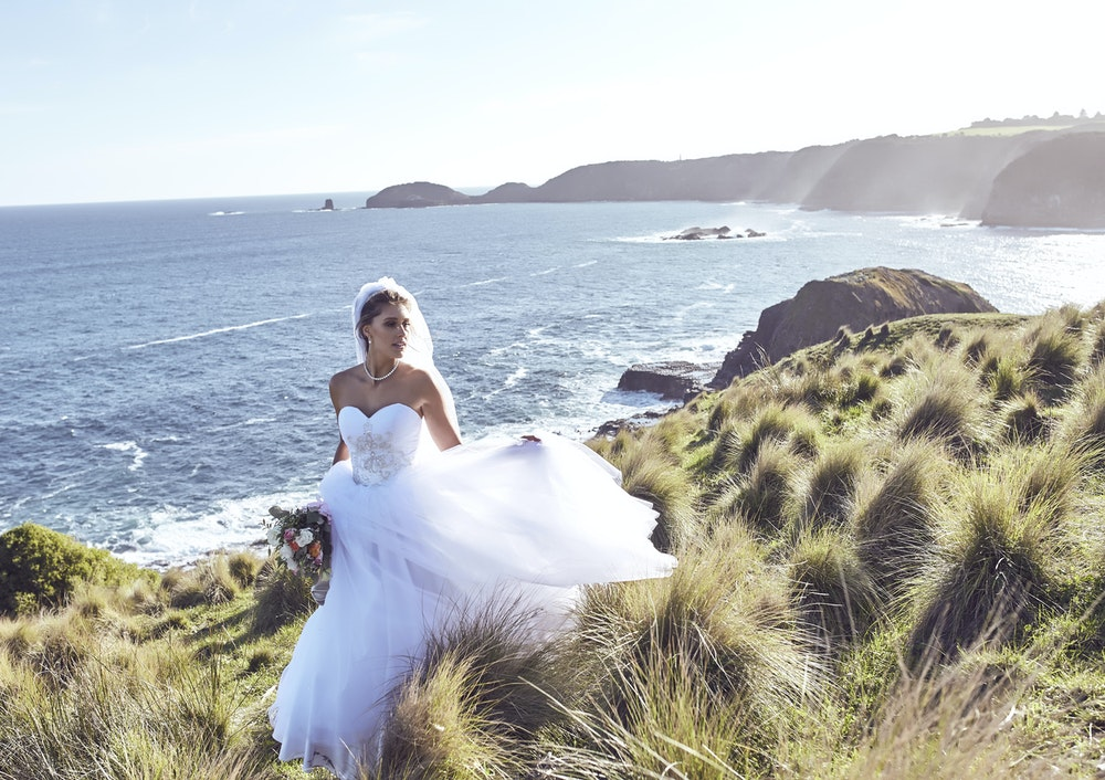 Thomas Jewellers Campaign Traffic Anna Campbell Bridal