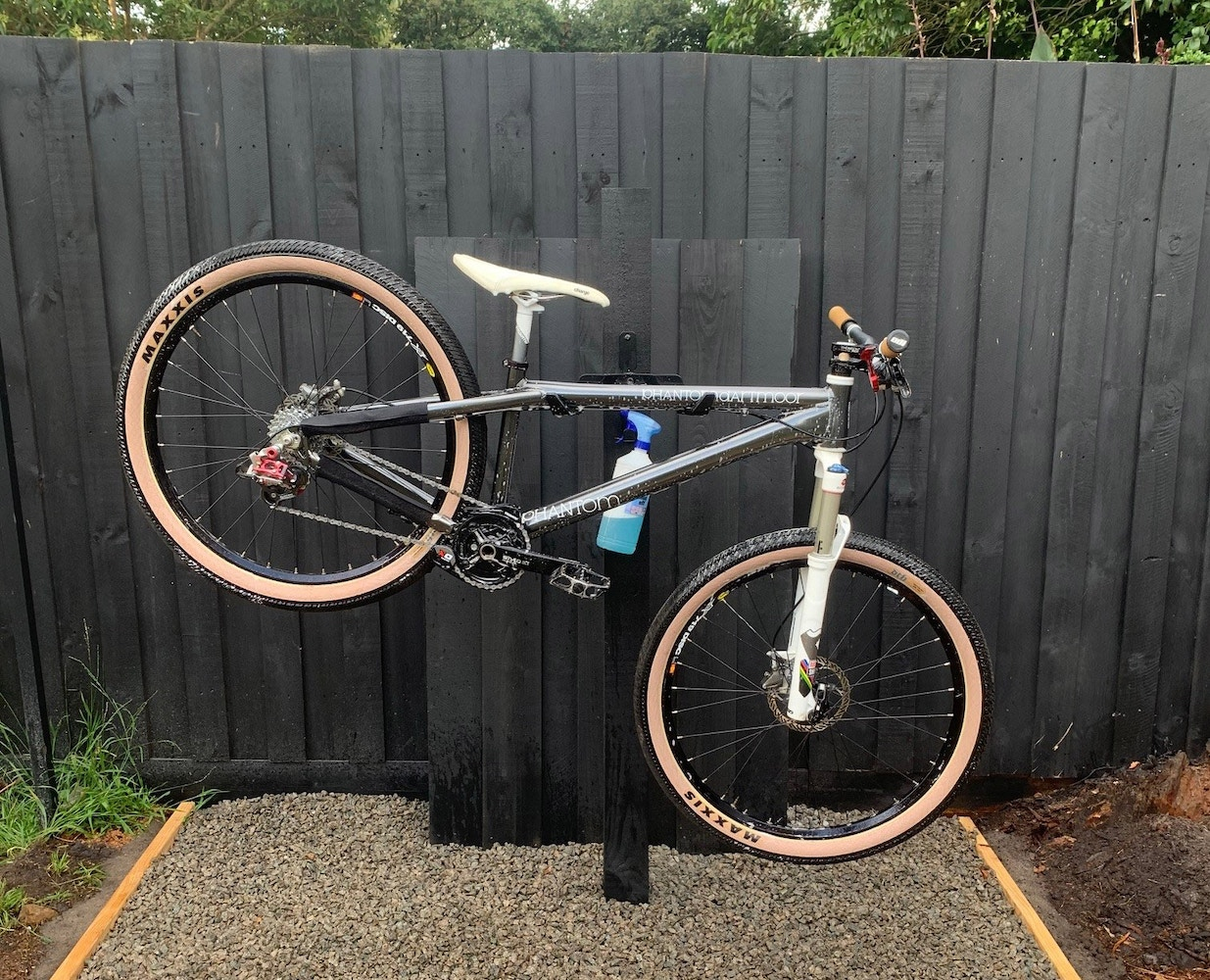 The Ultimate Guide To Building A DIY Bike Wash Stand