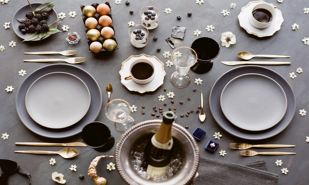 Style the Perfect Tablescape this Winter