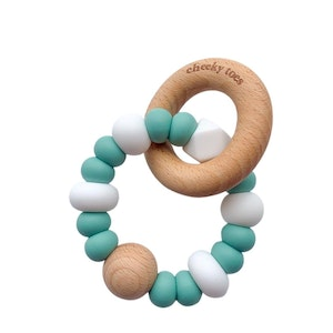 Cheeky Toes™ Cheeky RATTLE Teething Toy I Balmy Sage