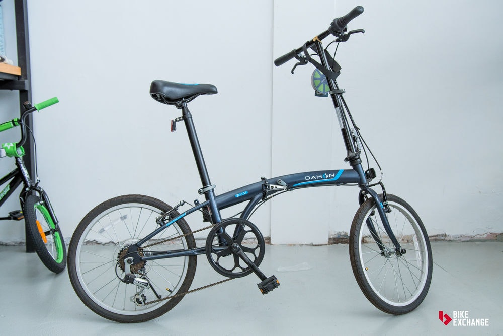 fullpage buying a commuter bike complete buyers guide foldable bike