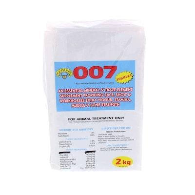 Olsson 007 Mineral Block Salt Lick Horse Feed Supplement - 2 Sizes
