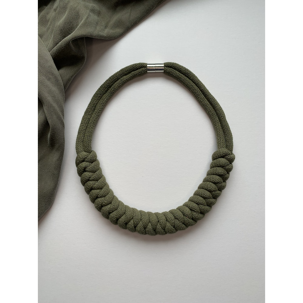 Form Norfolk Snake Knot Necklace In Forest Green
