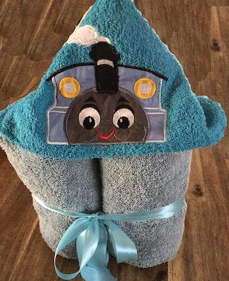 Two Olde Crows Hooded Towel Thomas