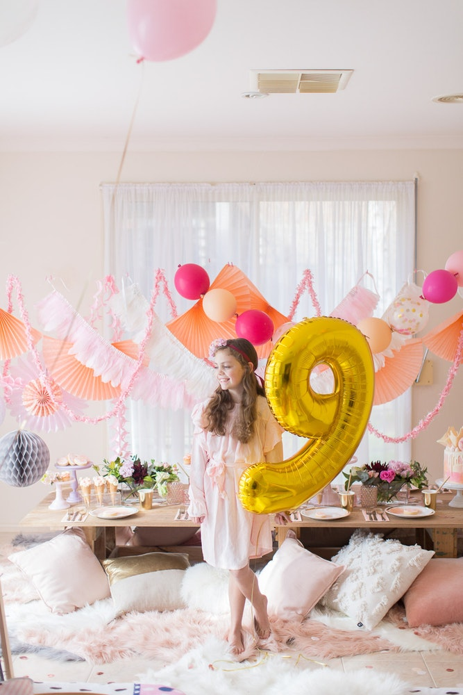 LENZO Boho Kids Party Balloons