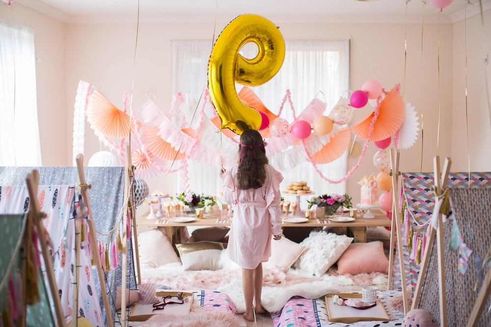 LENZO Boho Birthday Ruby Rabbit Balloons