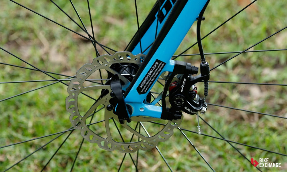 fullpage Fitting disc brakes to road bike 9