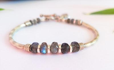 Uniqu-Lea Yours Labradorite and Hill Tribe Silver Bracelet