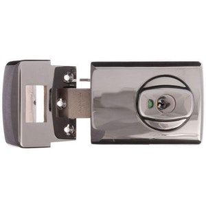 Lockwood 001 Double Cylinder Deadlatch with Knob for Timber Framed Doors Finished in Chrome Plate