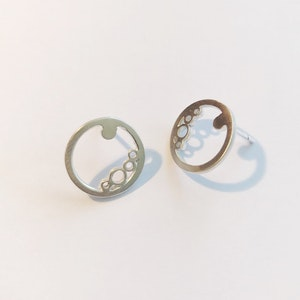 Sterling silver round ring studs