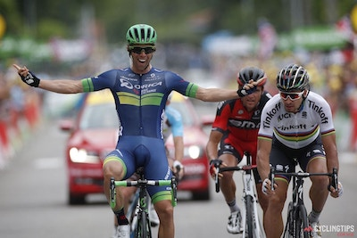 Michael Matthews outsprints Peter Sagan for first Tour de France career stage win