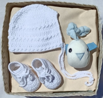On Chic Baby Clothes On Chic Baby Shower Gift Box - Boy - So Tweet