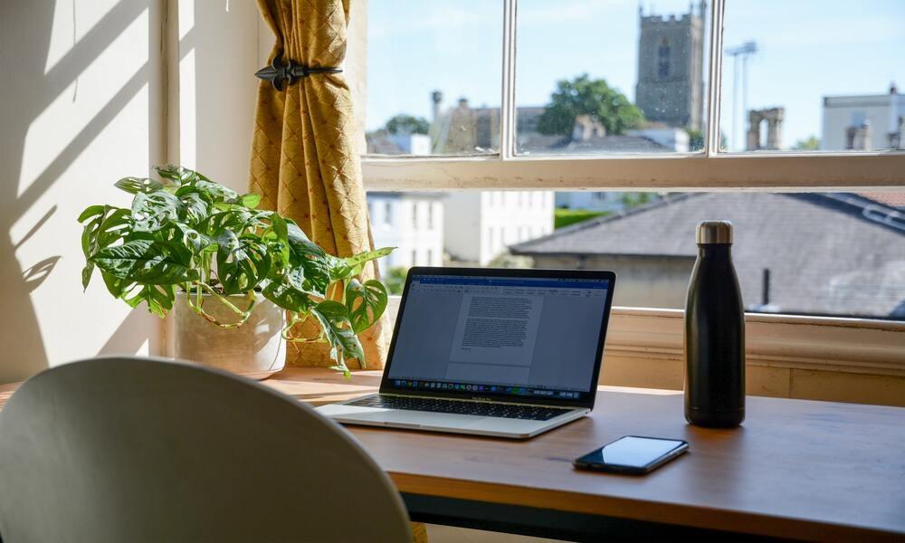 Healthy Office Tip - Designated Work Zone