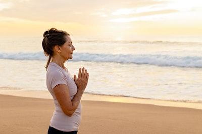 Glenis Wilkinson - YOGA + MEDITATION 1:1 Guided Meditation 45 mins $ 81