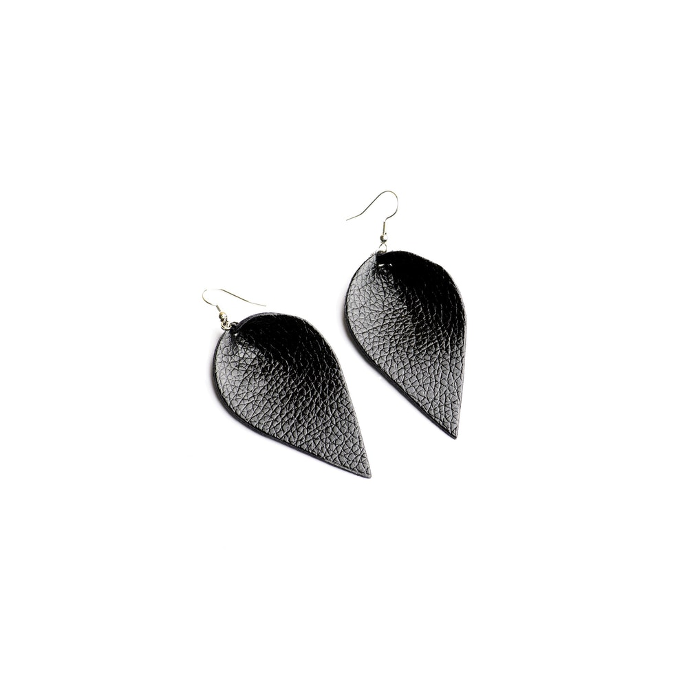 One of a Kind Club Black Petal Shaped Earrings