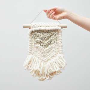 Chevron • Wall Hanging (SMALL) • Crochet Chunky Knit • Colour: OATMEAL + VANILLA