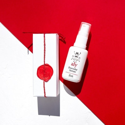 LOVE ALY'S Hydrating Organic Everyday Serum With Hyaluronic Acid and Botanical Antioxidants