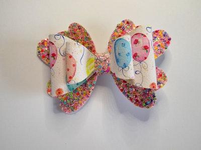 Crafty Little Munchkin Birthday Balloon Bow