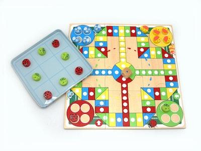 Kaper Kidz TIN BOX GAME - LUDO&TICTACTOE