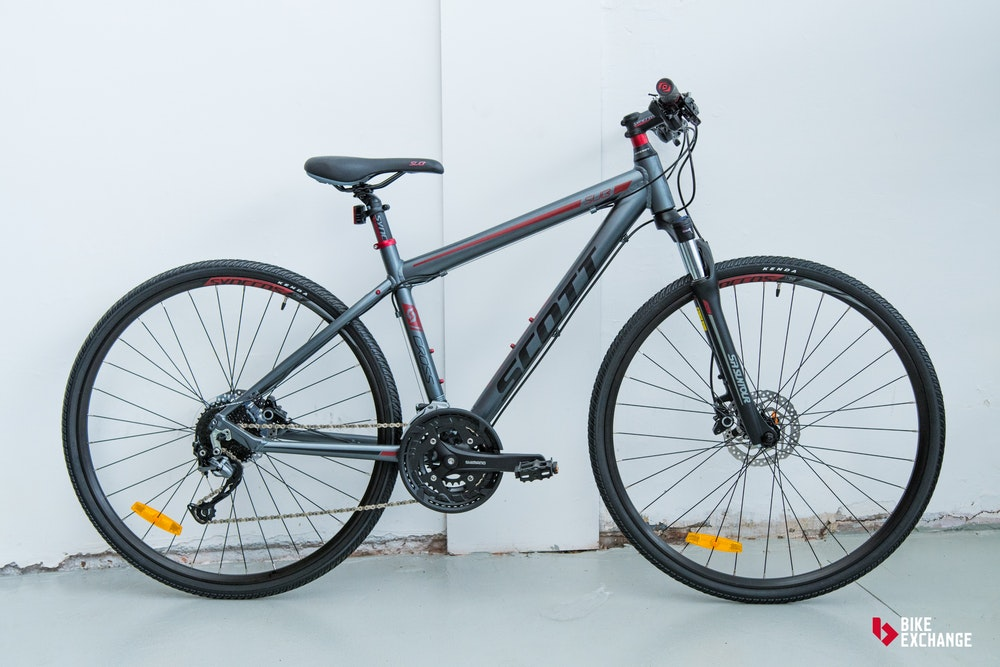 choosing the right bike bicycle buying advice hybrid