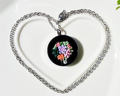 Bee's Knees Keepsake Blooming flowers ash urn memorial necklace, cremation jewelry, sympathy bereavement grief  2021