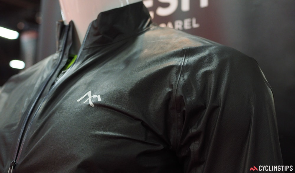 7Mesh ultralight jacket InterBike 2016 CyclingTips 43115