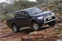Mitsubishi Triton and Pajero score top marks in Overlander awards