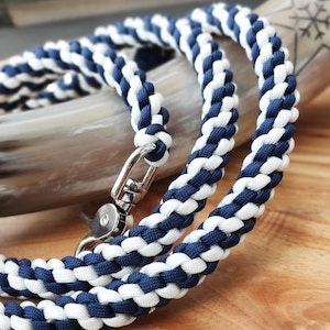 Queenie's Pawprints Multi-function 10-in-1 Paracord Dog Lead For Large Dogs - Nautical
