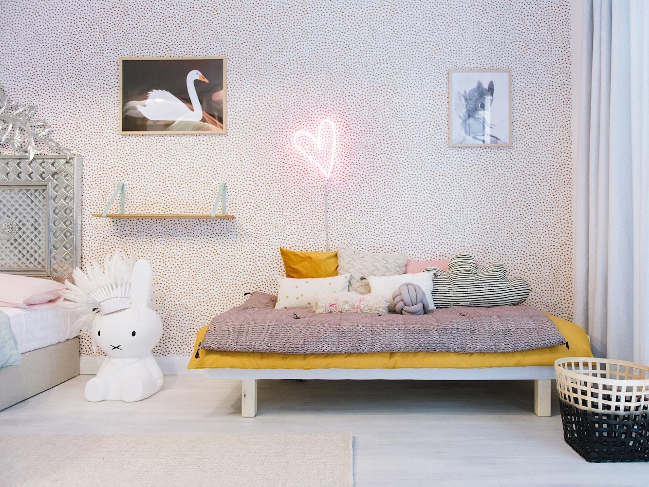 These Walls | Meet Sara Hingle