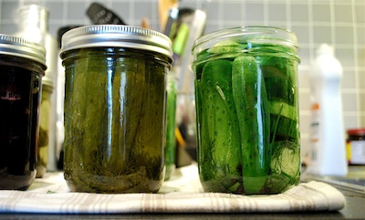 Pickle juice, the cure for muscle cramps?