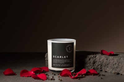 Emberfield SCARLET Luxury Candle 280g 50 + hour Burn Time | Signature Organic Coconut / Soy Wax Blend, Vegan Friendly, Phthalate Free