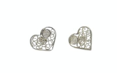 Continente Dorado Heart Studs Silver