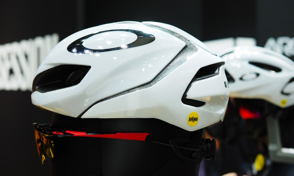 oakley-aro-helmets-ten-things-to-know-4-jpg