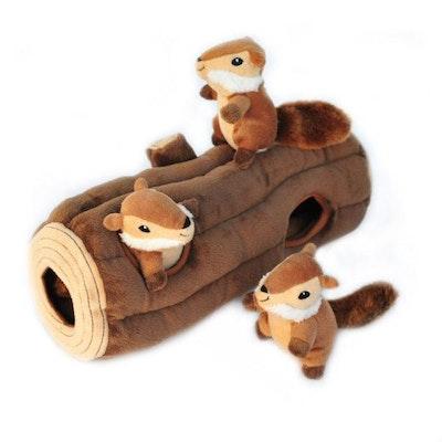 Zippy Paws Burrow   Log With Chipmunks