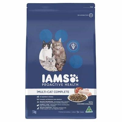 Iams Multicat Complete Chicken & Salmon Dry Cat Food