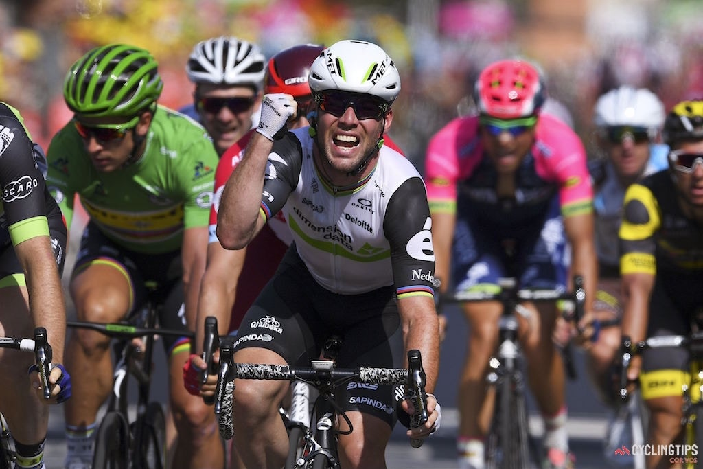 Twenty-nine at the line! Cavendish surpasses Hinault, slots into second in all-time Tour stage wins