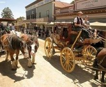 Coach outside US Hotel courtesy Sovereign Hill