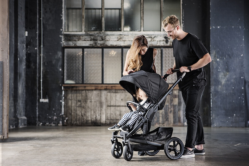 Introducing the Limited Edition Carbon Pram Range by Redsbaby